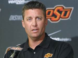 Sooners T-shirt sparks Gundy lawsuit - NY Daily News