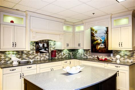 Traditional Style Kitchen Cabinets Surrey, Bc  Sunrise. The Perfect Living Room. Cozy Living Rooms Ideas. Ceramic Tiles For Living Room Floors. Split Level Living Room. Miniature Living Room Furniture. Living Room Carpets Ideas. Colour Suggestions For Living Room. Furniture Stores Living Room Sets