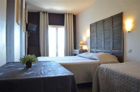hotel avec dans la chambre la rochelle hotel la rochelle hôtel de l 39 océan vieux port de la