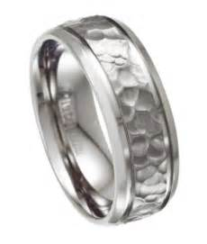 hammered wedding band 39 s titanium wedding ring with hammered design