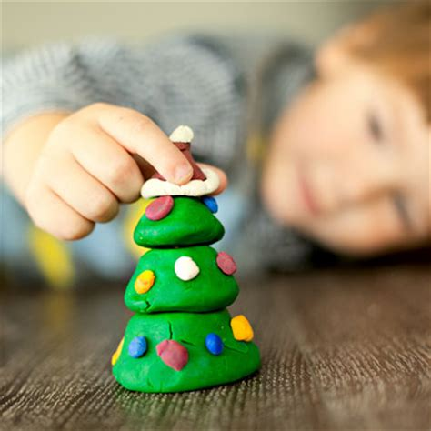 kid friendly christmas crafts diy kid friendly crafts what to expect