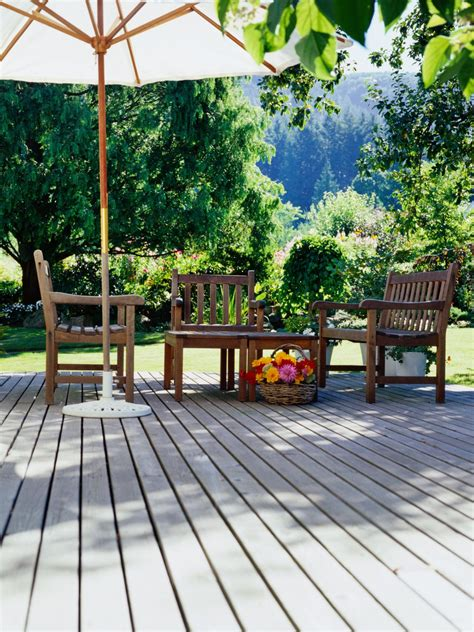 putting in a deck or patio outdoor design landscaping