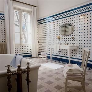 salle de bains ancienne esprit campagne chic marie claire With salle de bain maison ancienne
