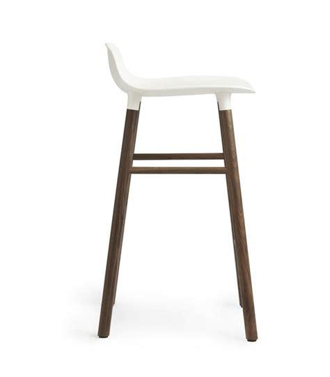 tabouret de bar en bois et blanc