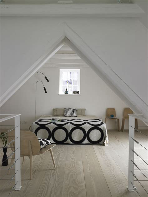 feng shui tips   triangular shape house  lot