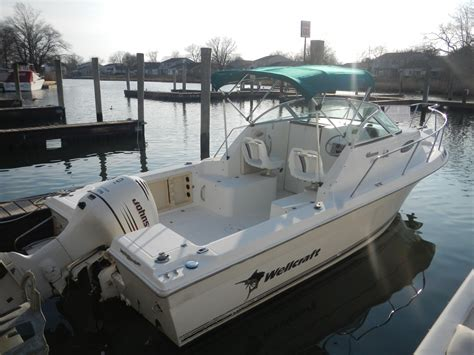 Wellcraft Boats For Sell by 2002 Wellcraft 22 Walkaround Power New And Used Boats For