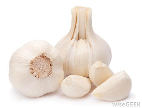 garlic cloves what are the health promoting properties of garlic