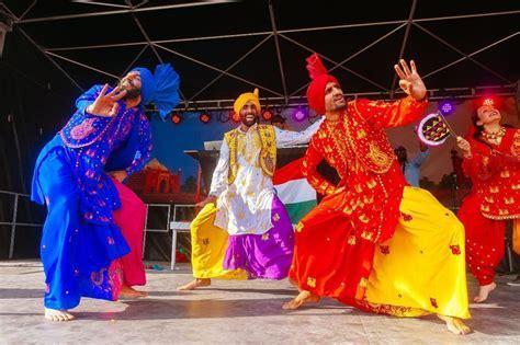 Bhangra Dancers for hire, Dhol Drummers for hire and Djs