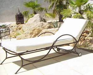Bain De Soleil Design : bain de soleil fer forge patine rouille design intemporel matelas mousse 15 cm housse rue ~ Teatrodelosmanantiales.com Idées de Décoration