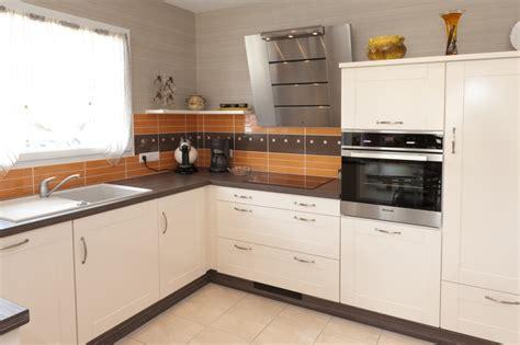 cuisine haut de gamme pas cher modele de cuisine cuisine en image