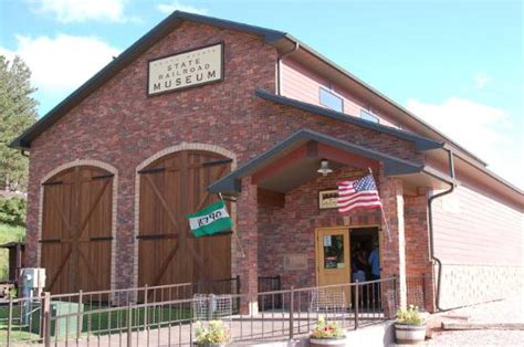 the top 10 things to do near chute roosters museum
