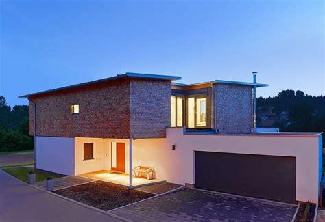 Häuser Mit Pultdach Und Garage by Haus Mit Pultdach Und Doppelgarage Wohn Design