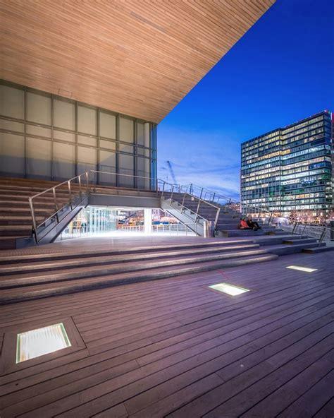 modern museum boston pygmalion karatzas captures diller scofidio renfro s institute of contemporary in boston