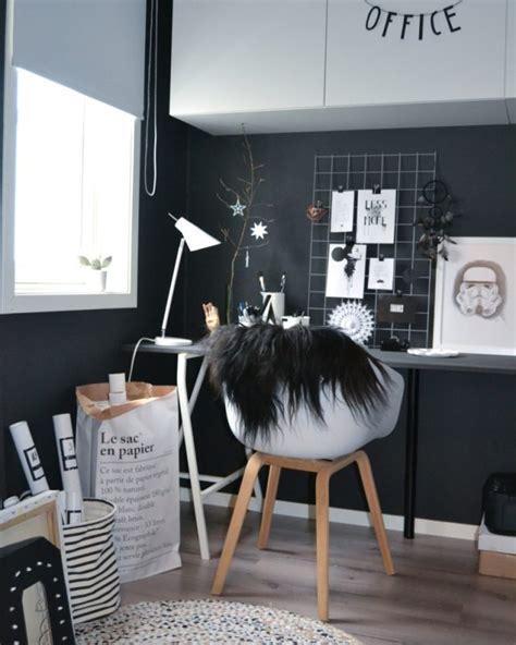 bureau noir et blanc inspiration des moodboards pour le bureau cocon de