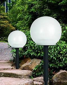 Lichterkette Balkon Sommer : solar leuchtkugeln mit erdspie en 2er set kabellos ~ A.2002-acura-tl-radio.info Haus und Dekorationen