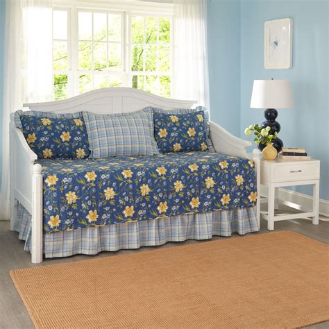 Laura Ashley Daybed Bedding by Laura Ashley Emilie 5 Piece Daybed Set Ebay