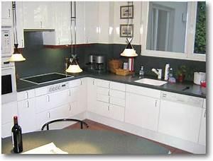 Credence Cuisine Moderne : plan de cuisine corian avec cr dence crea diffusion ~ Dallasstarsshop.com Idées de Décoration