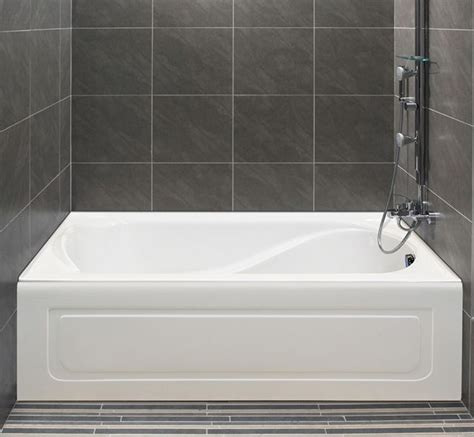 Tiling A Bathtub Alcove alcove s bathtub with integrated tiling flange and