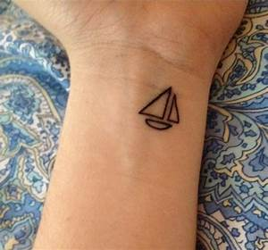101 Geometrically Gorgeous Minimalist Tattoo Ideas