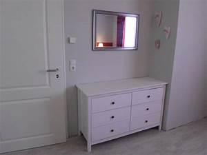 Großer Kleiderschrank Schlafzimmer : ferienwohnung home ostseefjord schlei herr andreas steinbach ~ Markanthonyermac.com Haus und Dekorationen