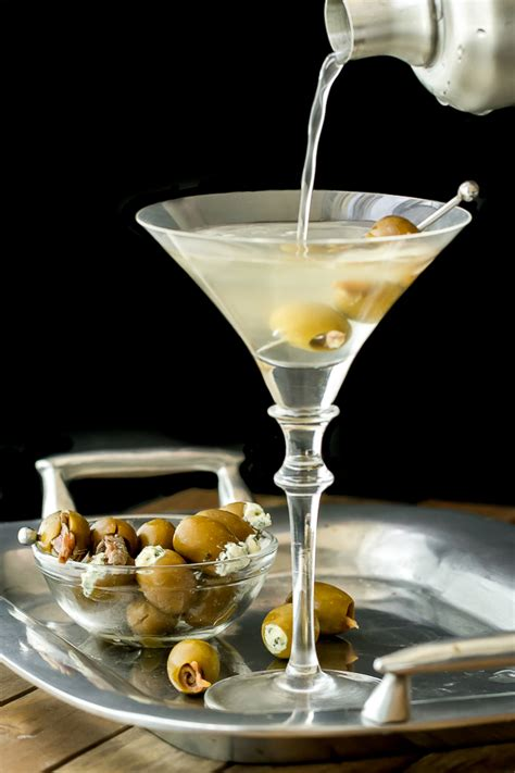 martini olive classic martini gin or vodka i 39 m bored let 39 s go