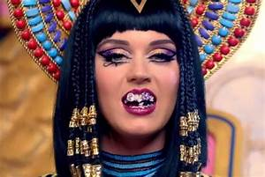 Katy Perry Previews Egyptian-Style 'Dark Horse' Music ...