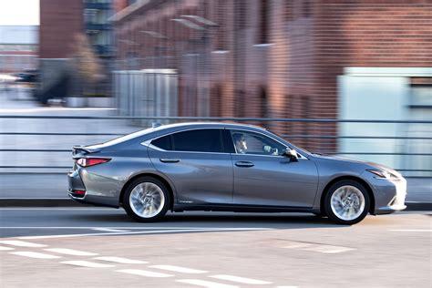 Lexus ES 300h MPG & CO2 emissions   DrivingElectric