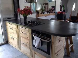 Plan De Travail En Palette : notre cuisine en bois de palette plan de travail en beton cir tout fait main mes id es ~ Melissatoandfro.com Idées de Décoration
