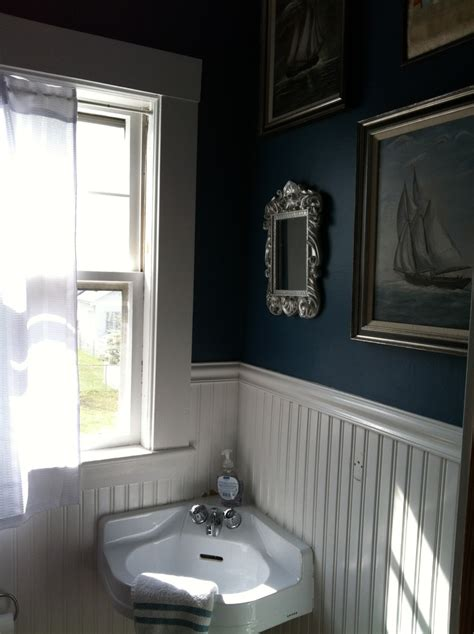Guest Bathroom Design by