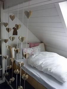 Bett Unter Dachschräge : die besten 17 bilder zu schr ge sachen auf pinterest ~ Lizthompson.info Haus und Dekorationen