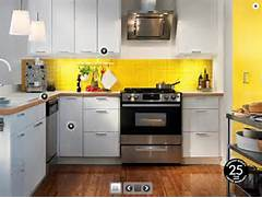 Pretty Bright Small Kitchen Color For Apartment Na Ilustra N Ch Fotografi Ch S Kuchyne IKEA