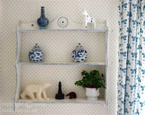 shabby chic paint effect shabby chic distressed paint effect on shelves