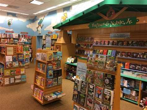 Barnes Noble Storytime by Summer Reading For Earn A Free Book Family Entourage