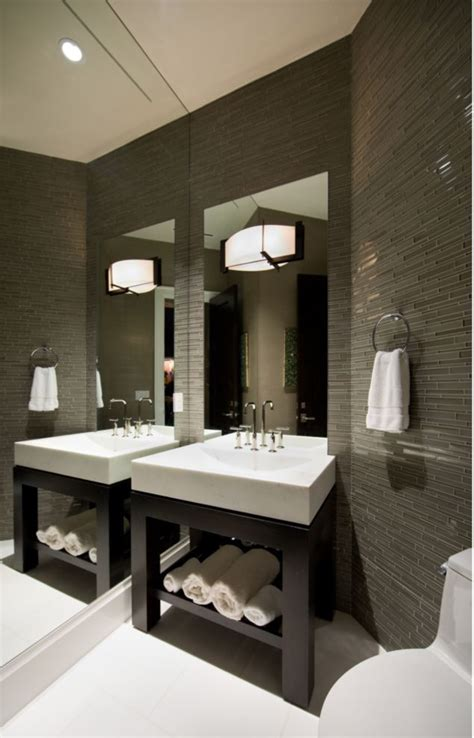 sleek striking bathroom  completed  cross