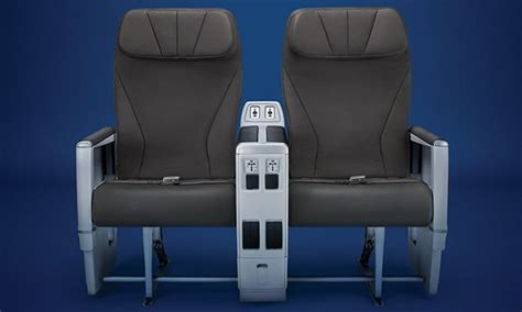 selection siege air transat class on board comfort air transat