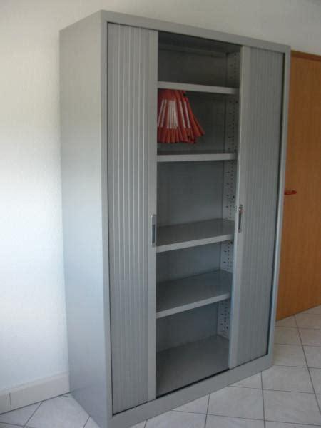 armoire bureau porte coulissante idée armoire de bureau a porte coulissante