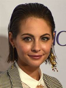 Willa Holland - Wikipedia