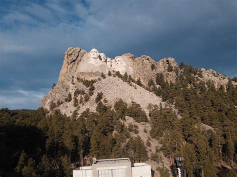mount rushmore pictures  worksheets student handouts