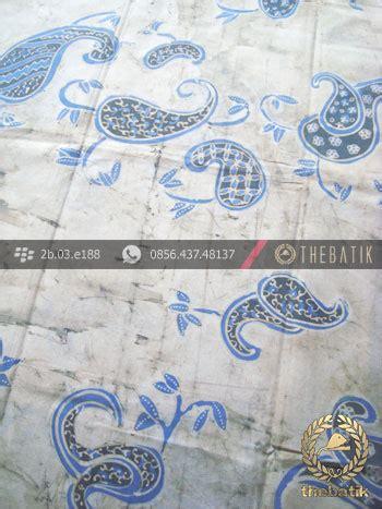 batik tulis pewarna alami motif keongan indigo latar putih thebatik co id