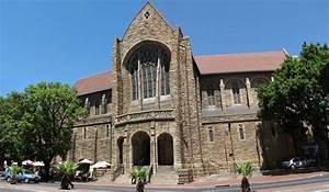 Morning Mass at St. George's Cathedral | Semester At Sea