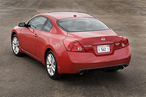 nissan altima coupe gallery  top speed