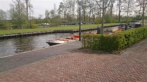 Fluister Bootje by Giethoorn Foto Van Bootverhuur Giethoorn Giethoorn