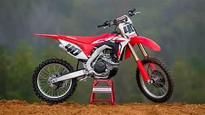Honda 450 Crf : 2017 honda crf450r first impression transworld motocross ~ Maxctalentgroup.com Avis de Voitures