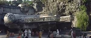 WATCH: New look inside STAR WARS: GALAXY'S EDGE expansion ...