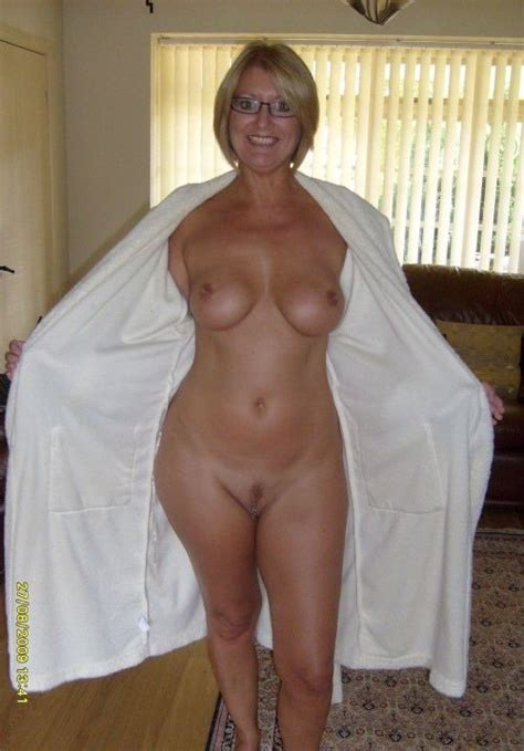 Lovely Amateur Milf With Great Wide Hips And Big Tits Wife Update