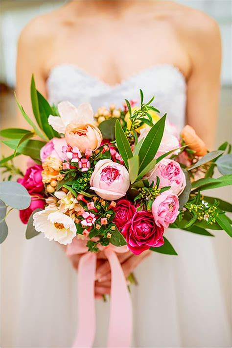 25 Swoon Worthy Spring And Summer Wedding Bouquets Tulle