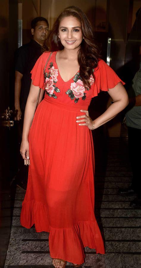 dressed celebs   judwaa  premiere grazia india