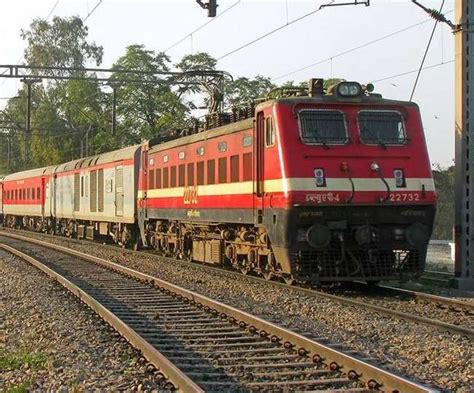 Delhi To Mumbai Train Indian Railway Looks To Hike Delhi Mumbai And Delhi Howrah