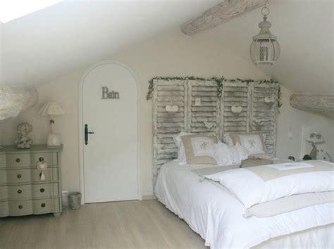couleur chambre romantique salle de bain originale bois