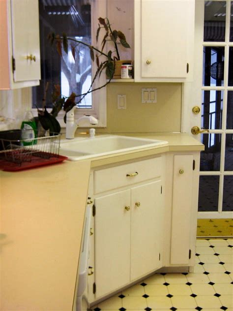 budget friendly    kitchen makeovers diy